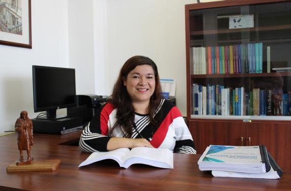 """Ileana Arias: """"En un mundo tan polarizado, tener una experiencia en el extranjero no solo es beneficioso desde el punto de vista lingüístico, también lo es a nivel social, afectivo, personal. Vivir en otro país le cambia a uno la vida."""""""