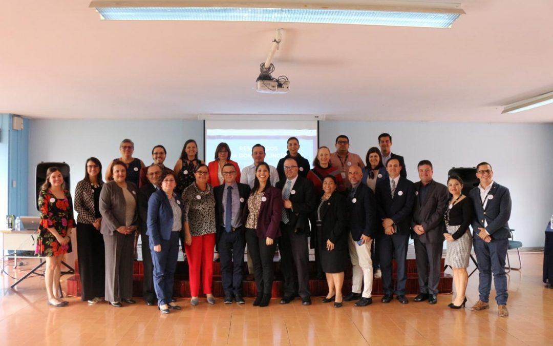 Entrega de resultados de prueba de dominio lingüístico en inglés al MEP